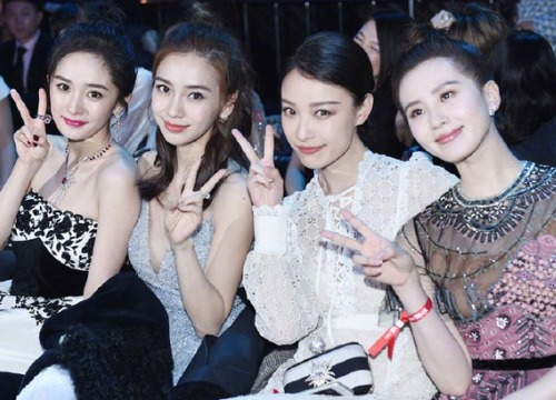 Tứ tiểu Hoa đán Angela Baby - Dương Mịch - Lưu Thi Thi - Nghê Ni trong một khung hình: Ai đẹp hơn ai?