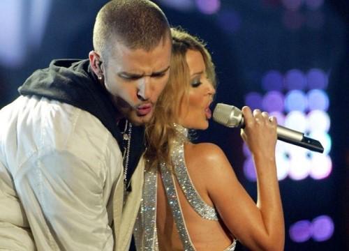 """Phụ huynh yêu cầu Justin Timberlake """"vừa phải"""" trong màn trình diễn Super Bowl"""