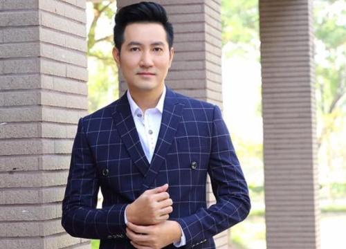 Đẹp trai, hát hay nhưng liên tục 'bị đá', cuộc sống của Nguyễn Phi Hùng ở tuổi 40 ra sao?