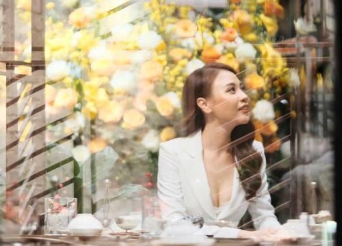 Giữa ồn ào trục trặc với Cường Đô la, Đàm Thu Trang vẫn mặc táo bạo