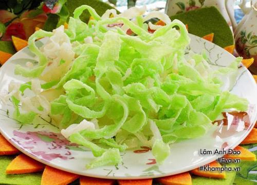 [Chế biến] - Mứt củ cải vị lá dứa đơn giản mà đậm đà cho ngày Tết