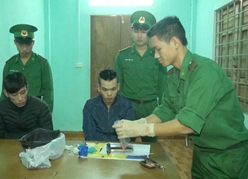 Sang Lào mua ma túy về bán kiếm tiền Tết