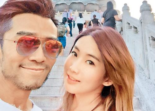 Ngôi sao đa tình của TVB hẹn hò tiểu thư nhà giàu kém 2 con giáp
