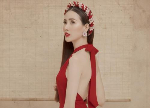 Phan Thị Mơ khoe lưng trần với áo dài cách điệu táo bạo