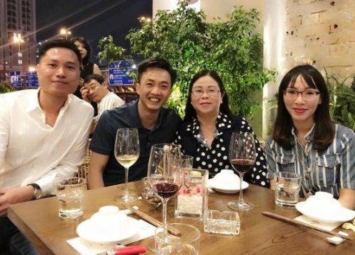 Vừa về quê nhà của bạn trai, Đàm Thu Trang lại đưa Cường Đô La về ra mắt gia đình