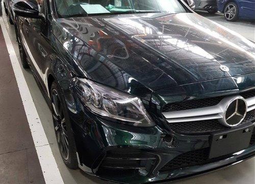 Lộ diện Mercedes-AMG C43 sedan 2019 trước ngày ra mắt