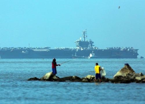 Rời Philippines, tàu sân bay Mỹ tiếp tục tuần tra Biển Đông
