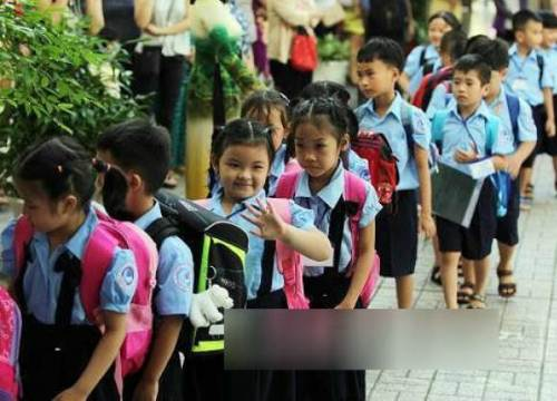 Những đứa trẻ bạc đầu vì học