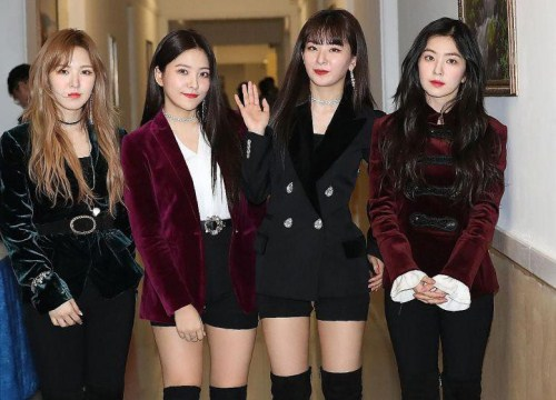Sân khấu của Red Velvet tại Triều Tiên bị cắt bỏ trên sóng truyền hình