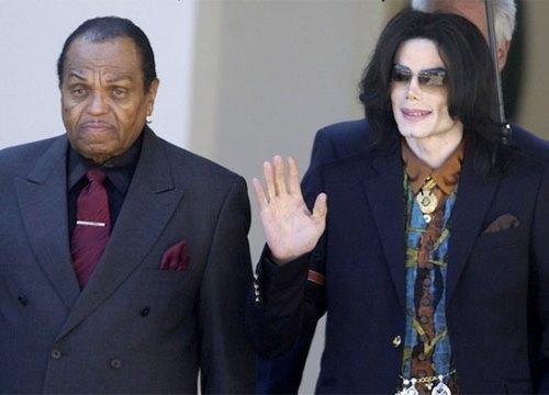 Bố Michael Jackson bị ung thư giai đoạn cuối