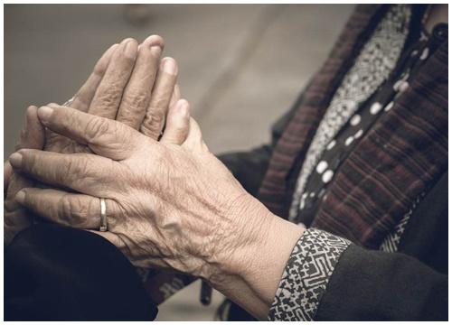Tình yêu tuổi hoàng hôn