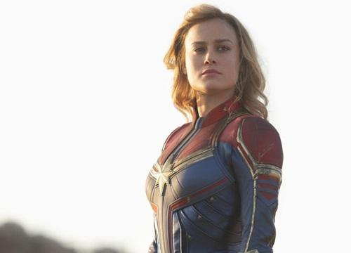 """Có ai nhận ra ngày Captain Marvel trở về trái đất, chị đại bỗng được """"mông má"""" xinh hơn hẳn?"""