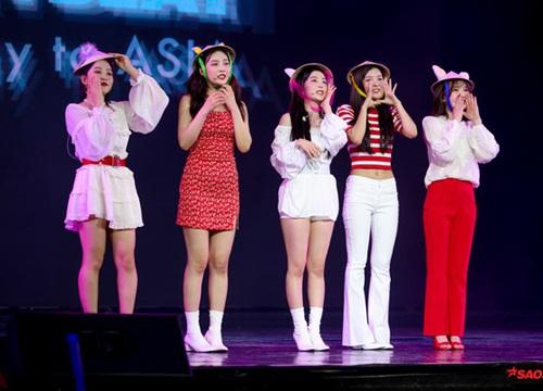 Kpop tuần qua: BTS dính phốt, Yoochun giải nghệ, Red Velvet xinh đẹp rực rỡ trong lần đầu tiên đến Việt Nam