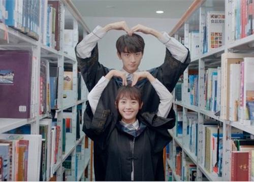 Bằng chứng Lâm Nhất của 'Gửi thời thanh xuân ấm áp của chúng ta' cực kỳ yêu thích Song Hye Kyo
