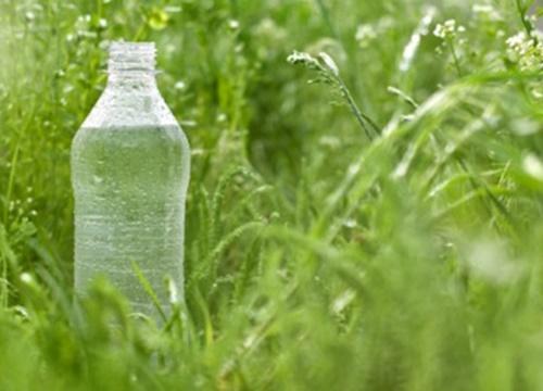 Con người giống như một cái chai rỗng, tâm chứa đựng cái gì thì bạn chính là cái đó