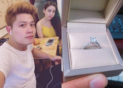 Nhạc sĩ Nguyễn Văn Chung mua nhẫn kim cương tặng vợ nhưng lại nhận cái kết không ngờ!