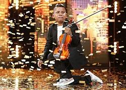 """Cậu bé bị ung thư bạch cầu chinh phục nút vàng của giám khảo khó tính nhất """"America's Got Talent"""""""