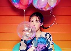 Jeon Somi thể hiện tình cảm với những thành viên cùng công ty trong chương trình thực tế đầu tiên của mình