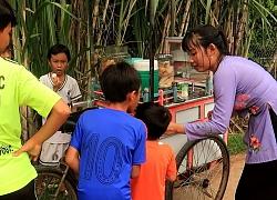 Một ngày đi phát kem Miễn Phí cho trẻ em