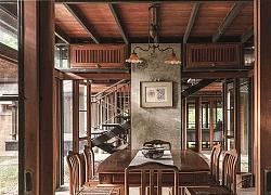 Ngôi nhà gỗ bất chấp nắng nóng, chỉ có gió mát và ánh sáng ngập tràn