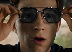 """Spider-man """"hoảng hốt như nhìn thấy ma"""" từ cái của kính ông chú thân yêu để lại: Không lẽ nhìn thấy Tony Stark?"""