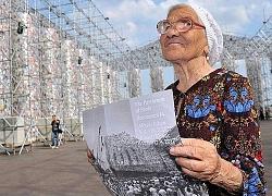 Cụ bà 92 tuổi một mình vòng quanh thế giới: ai cũng phải chết một lần, sao cứ mãi chần chừ?