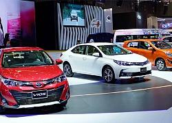 Hàng loạt ô tô giảm giá mạnh 100 triệu đồng/chiếc, chục nghìn người Việt đổ xô mua