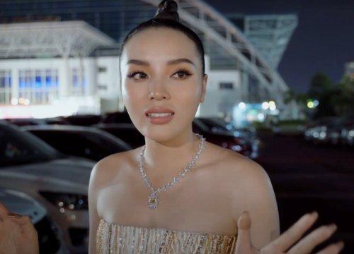 Kỳ Duyên hé lộ hậu trường thảm đỏ Chung kết Hoa Hậu Việt Nam 2020, spotlight đổ dồn vào bộ trang sức trị giá 2 tỷ đồng