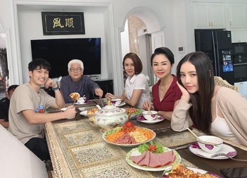 Hồng Diễm và Quỳnh Kool được khen vừa đẹp vừa giống NSND Thu Hà - Hậu  trường phim - Việt Giải Trí