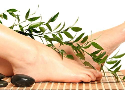"""Xem bói qua tướng bàn chân: Phụ nữ sở hữu bàn chân này có """"số ngậm thìa vàng"""", càng già càng giàu"""