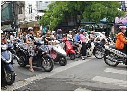 Cần nâng cao tính an toàn khi chưa cấm được xe máy